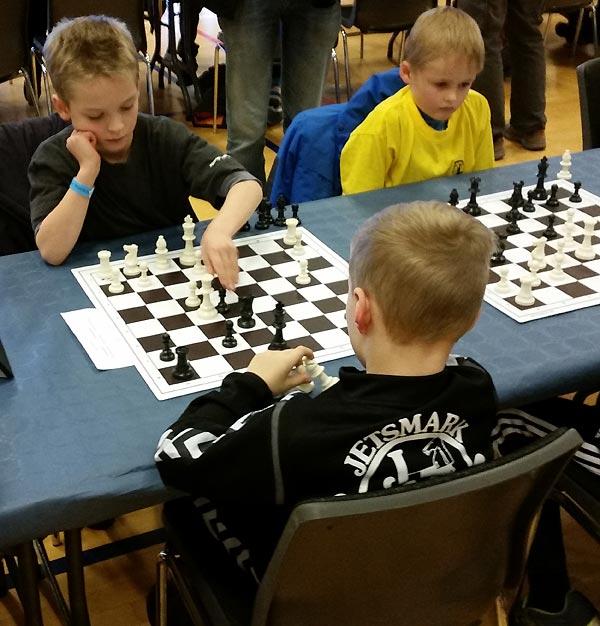 Marius Bøss Sørensen, 8 år, var med til sit tredje og sidste DM i gruppe F. Marius var hele weekenden med i toppen og endte på en flot 3. plads med 6 point ud af 8 mulige.